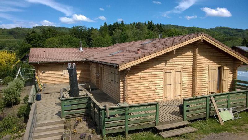 Décapage d'une maison en rondins (Vosges - 88)