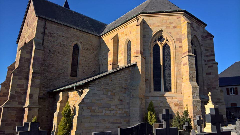 Nettoyage des pierres de la collegiale de Hombourg-Haut