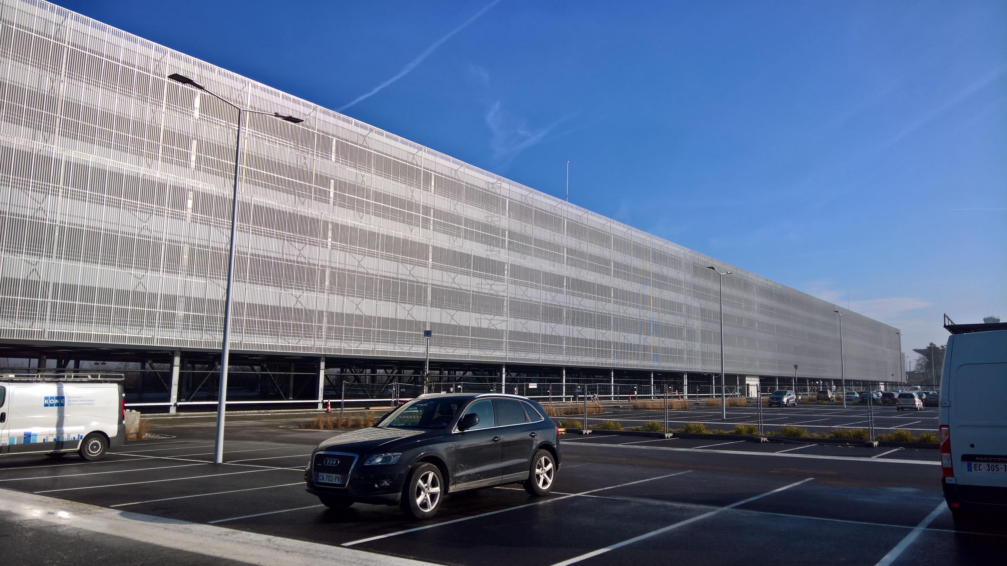 Gommage de béton à l'EuroAirport Basel Mulhouse Freiburg